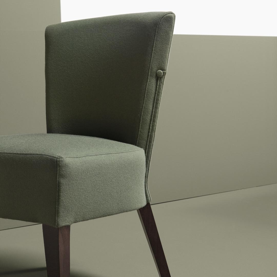 BR-1026 Caraluna Side Chair