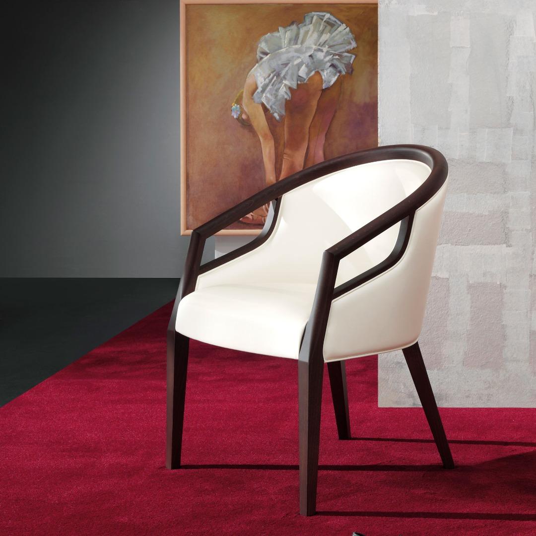 BR-1016 Cezanne Lounge Chair