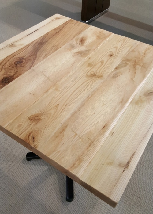 Beau 16760 Distressed Plank Wood Top 4518